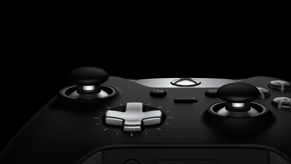 Microsoft-Xbox-One-Elite-Controller-2