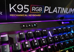 CES 2017: Corsair K95 RGB Platinum Gaming Keyboard