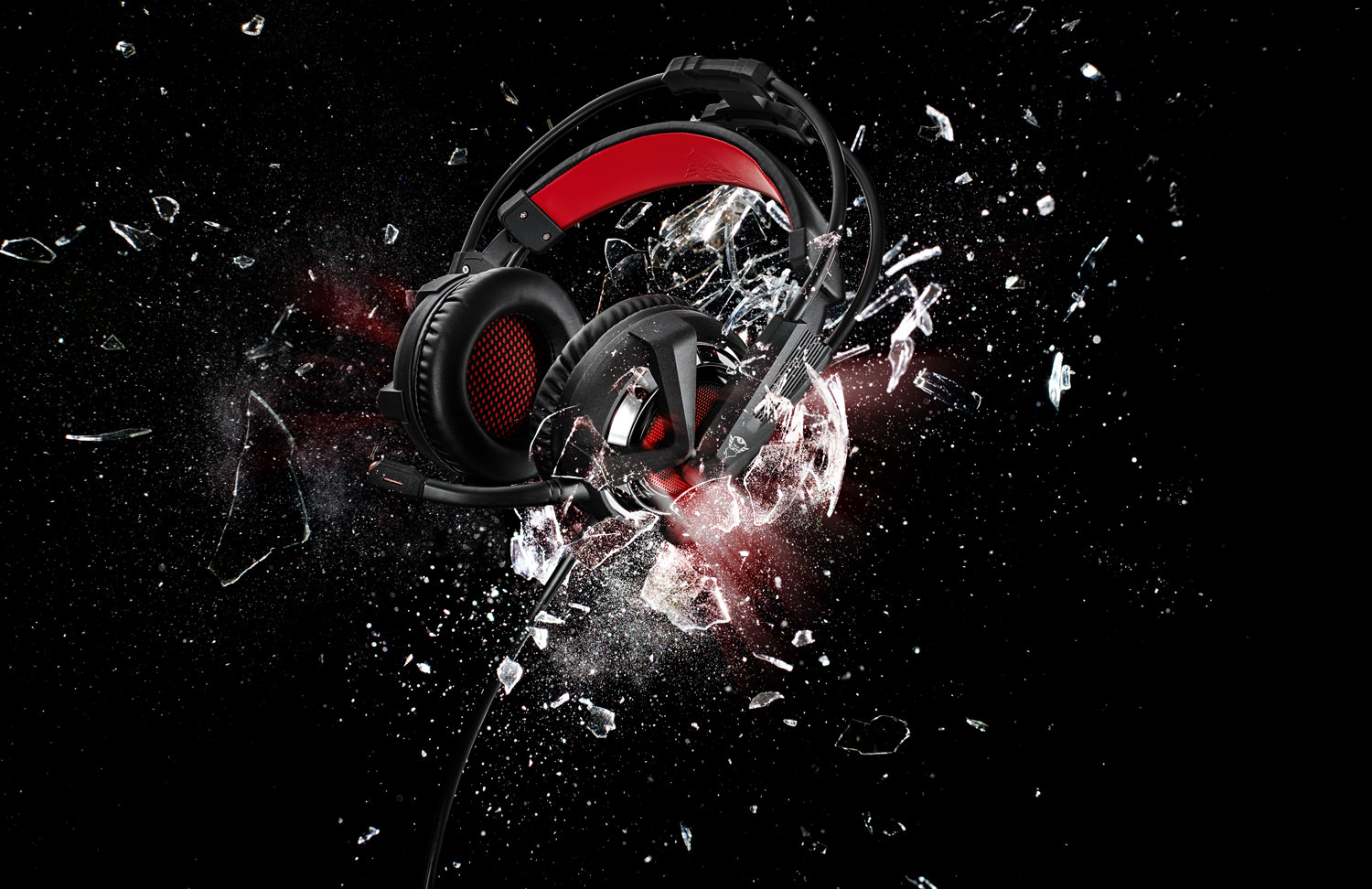 Preview: Trust Gaming Illuminated GXT 353 Bass Vibration Headset