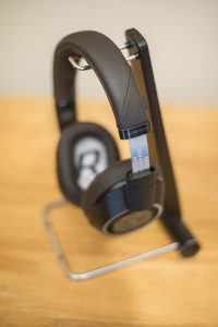 Plantronics BackBeat Pro 2 Equaliser Print